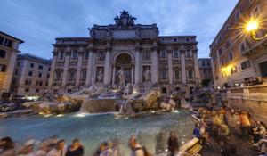 トレビの泉 Piazza_di_trevi