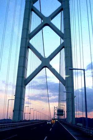 明石海峡大橋 Akashi_narrow_bridge