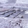 積雪の明石川