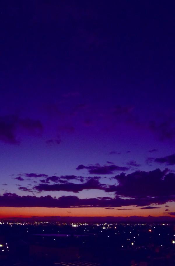"""<FONT color=""""#3333ff"""">台風一過の青空と夕映え</FONT>"""