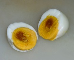 電子レンジでゆで卵