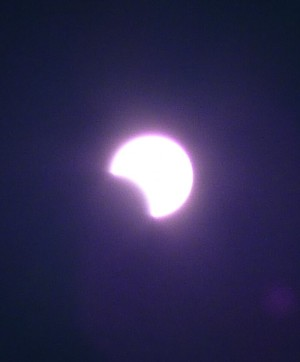 Annular_eclipse_09